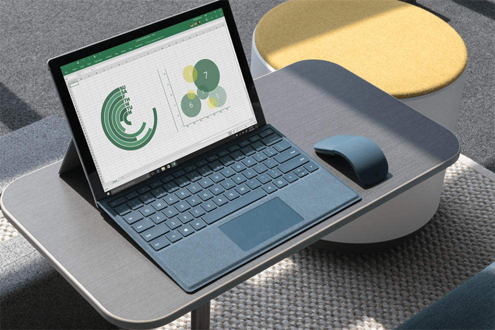 Microsoft Surface FY18 Lifestyle Photography (Steelcase) 3-min
